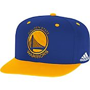 adidas Men's Golden State Warriors On-Court Adjustable Snapback Hat