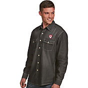 Antigua Men's Indiana Hoosiers Long Sleeve Button Up Chambray Shirt