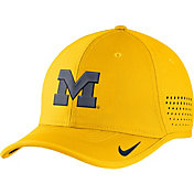 Nike Men's Michigan Wolverines Maize Vapor Sideline Coaches Hat