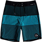 "Quiksilver Boys' Highline Tijuana Scallop 17"" Board Shorts"